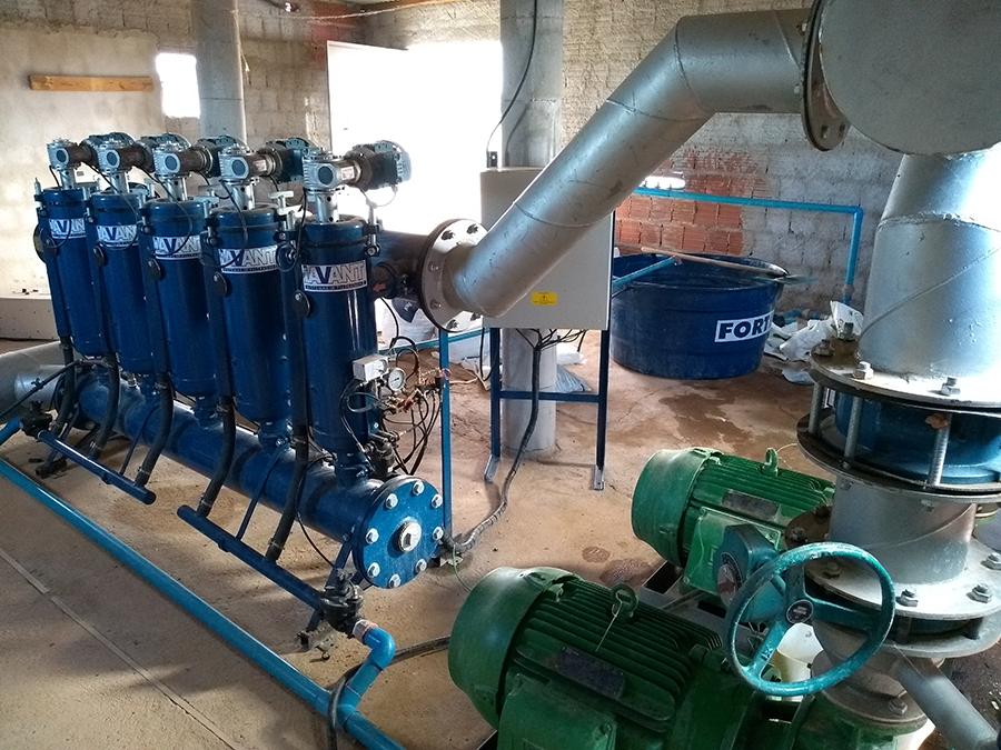 Sistema de filtros automáticos de tela para irrigação na cultura de manga